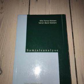 Samtaleanalyse af Mie Femø Nielsen og Søren Beck Nielsen. Ingen skader, dog med et par enkelte overstregninger.   Byd gerne.