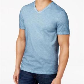 Varetype: T shirt Farve: Lys blå Oprindelig købspris: 500 kr.  Helt ny og ubrugt  Kun vasket
