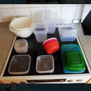Diverse plast opbevaring og skåle samlet 50 kr