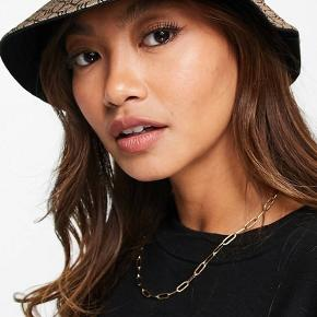 River Island hat & hue
