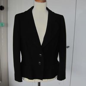 Chanel jakke