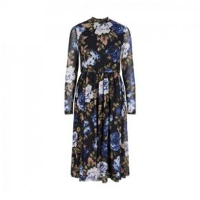 Helt ny YAS kjole. Aldrig brugt og stadig med mærke. Ny pris: 500,-