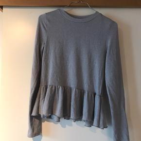 H&M Skjorte, Næsten som ny. Kokkedal - H&M Skjorte, Kokkedal. Næsten som ny, Brugt og vasket et par gange men uden mærker eller skader