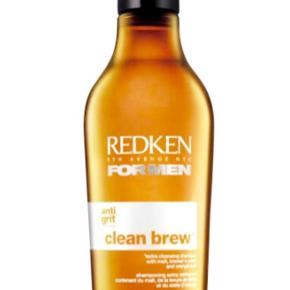 Helt ny og uåbnet Redken Clean Brew shampoo 250 ml  Shampoo til mænd  Kan sendes med GLS for 35kr  Har også mange andre annoncer med Redken produkter   Har mobilepay