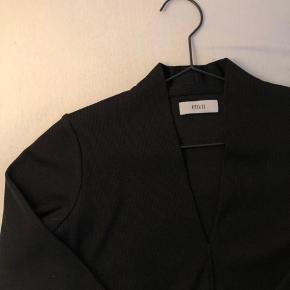 Fin trøje med v-udskæring fra Envii Passes af en xs/s Aldrig brugt, da den er købt for lille