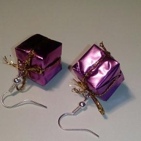 Jule ørering pakke. Farve lilla