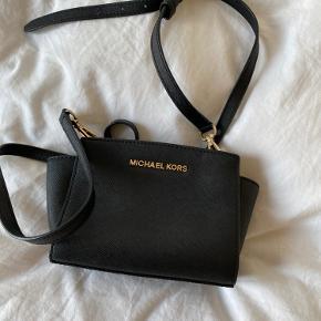 Sød taske 🖤
