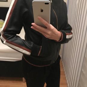Fedeste nye læderjakke