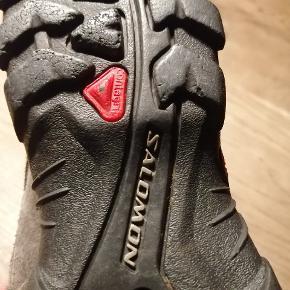 Vandtætte vandrer sko supergode at gå i sælges da de ikke bliver brugt mere
