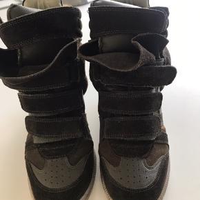 Klassiske beckett støvler i grøn/brunlig ruskind/læder Brugt under 10 gange  Byd! Mp 1200