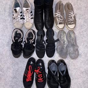 Sælger ud af forskellige sko. Pris pr styk 25 kr. Nogle af skoene er solgt. Str. 38.
