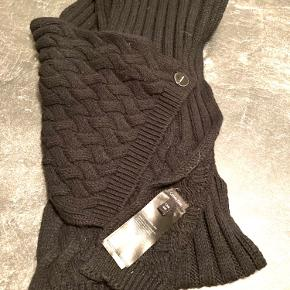 Calvin Klein tørklæde