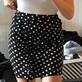 Fin nederdel købt på NA-KD