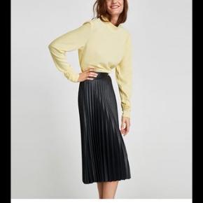 Mørkegrøn smuk smuk nederdel plisseret