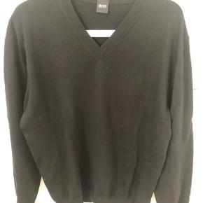 BOSS sweater