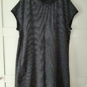 Oska anden kjole & nederdel