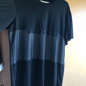 T shirt kjole fra H&MxAlexander Wang. Brugt 3 gange.