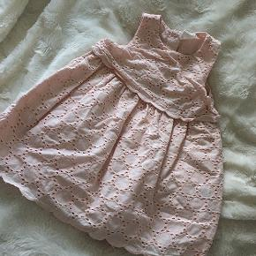 Fin kjole fra H&M i str 68 💓