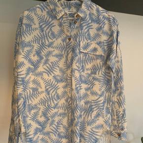 Super fin skjorte Brugt få gange