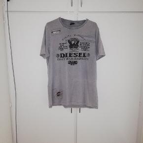 T-shirt fra DIESEL. Str XXL BYD😊