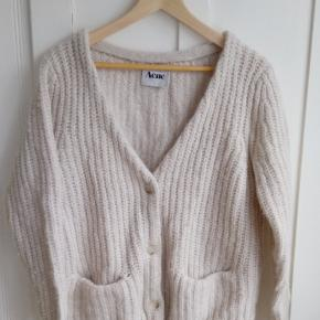 PBO Philosophy large chunky knit Cardigan sweater
