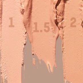 Brand: KKW Beauty Varetype: Créme Lipstick Størrelse: Alm Farve: Flere  Billede 1-4: Créme Lipstick Nude 1.5 Billede 5-8: Créme Lipstick Pink 1  Prisen er pr. stk. Jeg kan sende et screenshot fra KKW Beauty, så I kan se, at de er købt der og er ægte. Jeg har betalt fragt og told - derfor er prisen lidt højere end på KKW Beauty.  ALDRIG BRUGT, STADIG I ÆSKE - BYTTER IKKE