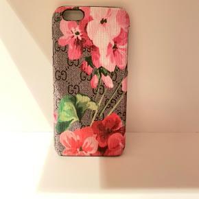 Fedt Gucci cover til iPhone 6s, har selv elsket at bruge det, men har en ny mobil nu dsv