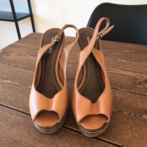 Shoe Biz heels
