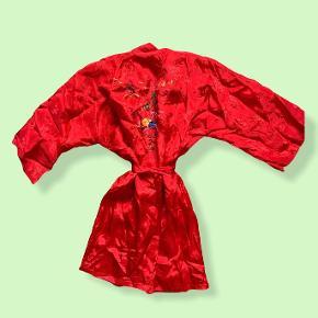 One Vintage kimono