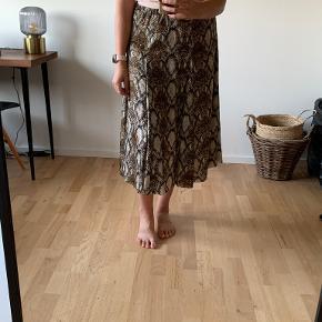 Graumann nederdel