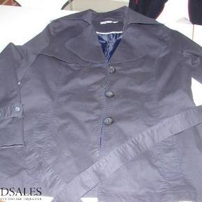 5f8b9f93be5 Brand: Succo Varetype: jakke Farve: Blå Stort set ikke brugt :-)