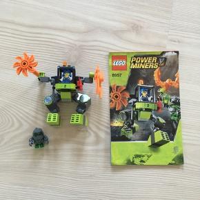 Udgået. Lego power Miners model 8957.  Komplet med manual. Dog er den sorte stav en smule for lang.   God men brugt.  Nypris ukendt.  Sælges for 45 kr.    Sender gerne.  Modtager kontant, bankoverførsel samt mobilepay.  Ingen dyr, ingen røg og ingen tørretumbling.