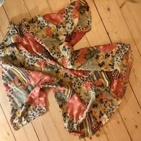 Vintageskjorte i silke 🐙.