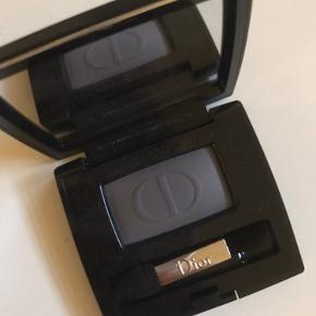 Ny Dior mono øjenskygge nr 173 evening / sælges da jeg ikke har fået den brugt overhovedet ✨