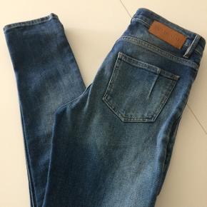 Fede jeans der desværre er for små. Str. 29