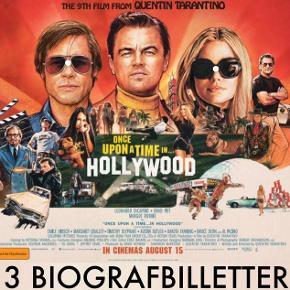 3 biobilletter til: 'Once Upon A Time In Hollywood.'  Gælder i alle landets biografer, hvor filmen vises. Se yderligere info på billede 3.  Gælder i perioden der står på billetterne. Dog kan man hente billetterne til en dag ud i fremtiden ved gyldighedsperiodens udløb. Dvs. disse skal bare senest indløses på dagen for udløb.   Sælges som udgangspunkt kun samlet og til fast pris på 150 kr. for alle 3.  Jo hurtigere man ser filmen, jo bedre sal.  - Sender ikke og bytter ikke.   Annoncen slettes når solgt, så ingen grund til at spørge om dette.  Irrelevante og useriøse henvendelser ryger videre til support.