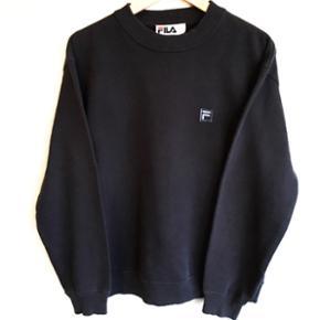 Vintage Fila sweatshirt!🔥👌🏼 DM for flere billeder og spørgsmål!📷 Størrelse: Mand small/ Dame medium
