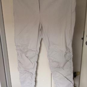 Super lækre bukser med masser af stræk i  Bor i Værløse