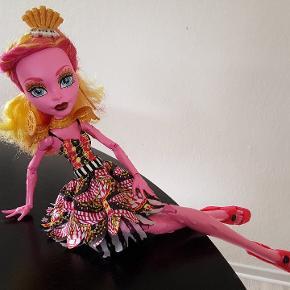 Monster High stor dukke, stort set ubrugt