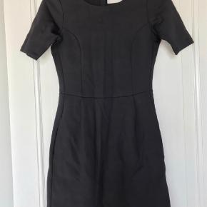Neopren kjole