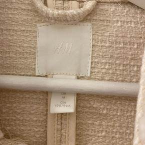 HM jakke, sælges da det var et fejlkøb, den er derfor ubrugt.