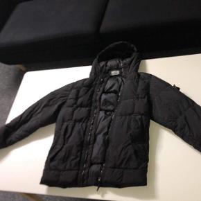 Sælger denne her frække Stone Island jakke efter som den er for lille Cond 9/10 Mp 3000 Bin 5000 Hh 4000 Str m