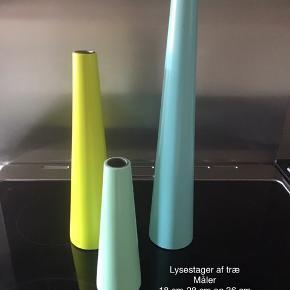 Flotte lysestager i bemalet træ Måler 18-28 og 36 cm