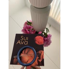 Sui Ava hårklemme / hårspænde - aldrig brugt da jeg har for mange (æske medfølger ikke)  🌸 Mp: + fragt (10kr)   Ligner Pico og Maanesten