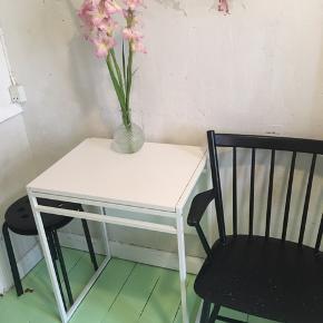 IKEA fold ud bord 🌙 Perfekt til et Københavner lejlighed