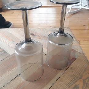 2 stk vinglas fra bolia. Er næsten aldrig brugt.   Kom med bud 😊