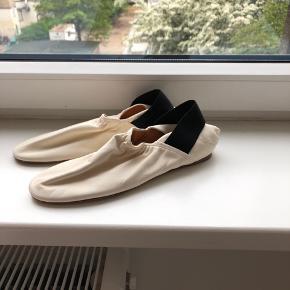 H&M loafers i læder Nypris 800  Jeg er åben overfor bud!