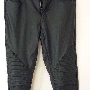 flotte coatede bukser med strecht livvidde:36*2 cm uden stræk