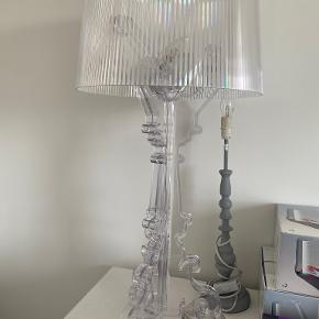 Kartell bordlampe