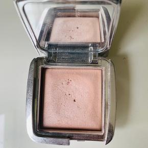Hourglass makeup